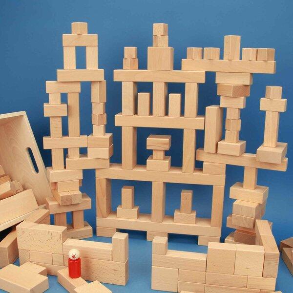 Set uit 140 houten blokken in een beukenhouten kist