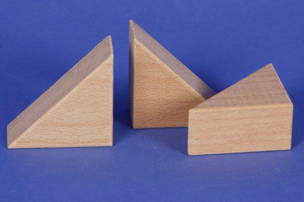 Houten blokken driehoekig 6 x 6 x 3 cm
