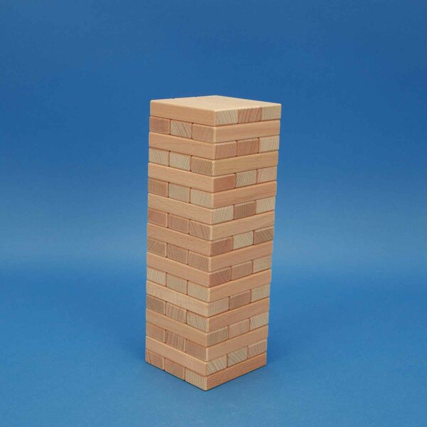 Wackelturm aus Holzbausteinen