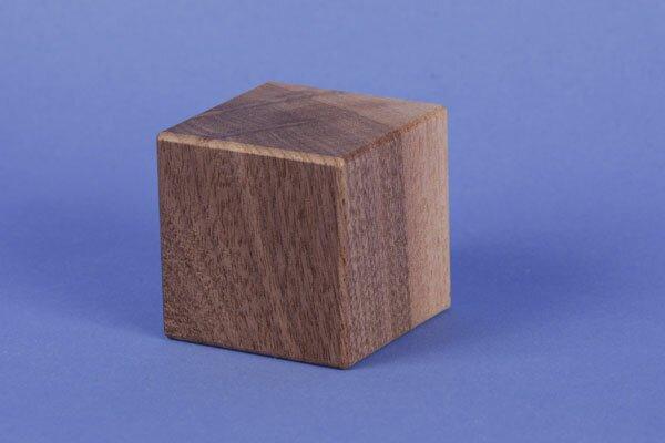 cubes en bois noyer 6 cm