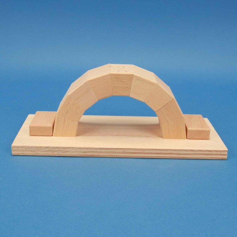 Unsere Empfehlung: Bogenbrücken aus Buchenholz