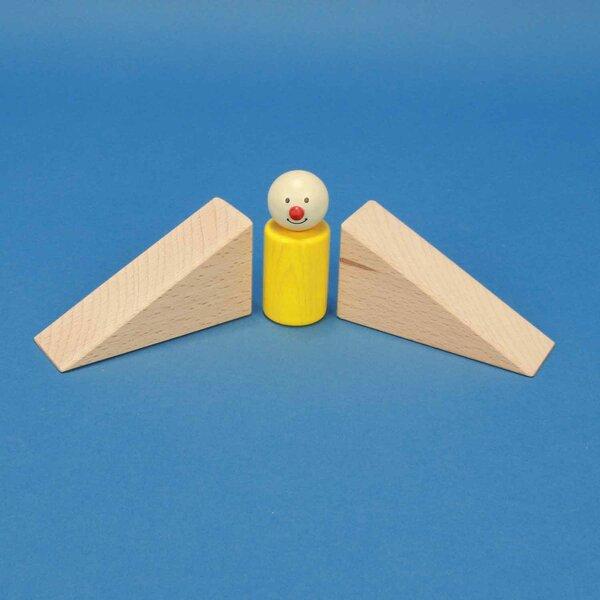 wooden triangle blocks 9 x 4,5 x 3 cm