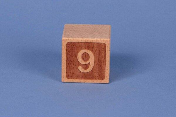 Buchstabenwürfel 9 negativ