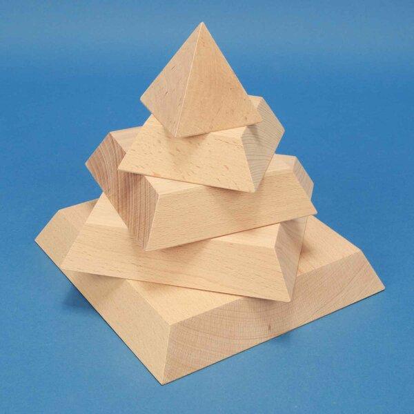 Pyramide_180mm_180mm_Stapel_BucheOqRX7dfikMOR9