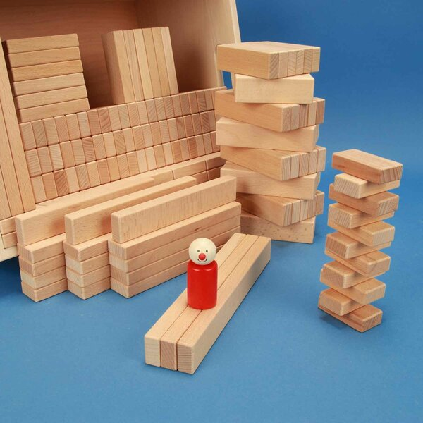 Set of 300 wooden blocks in a beechwood box with laserengraving