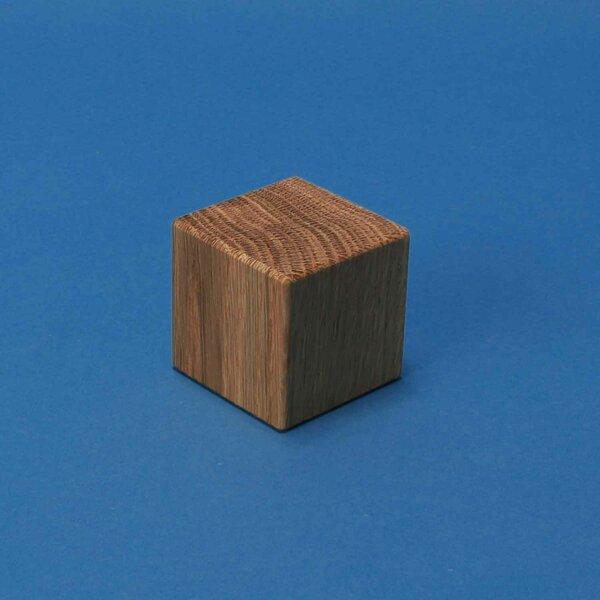 wooden cubes walnut 4,5 cm