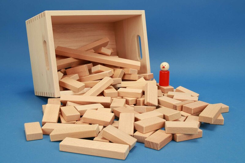 Reeks van kleine houten blokken