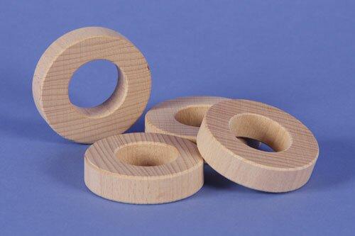 wooden block round Ø 6 x 1,5 cm - 3 cm drilled