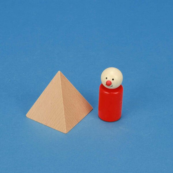 large pyramid made of beech 6 x 6 x 6 cm
