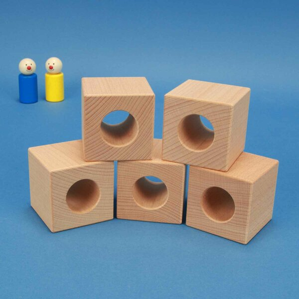 wooden block 6 x 6 x 6 cm - 3 cm drilled